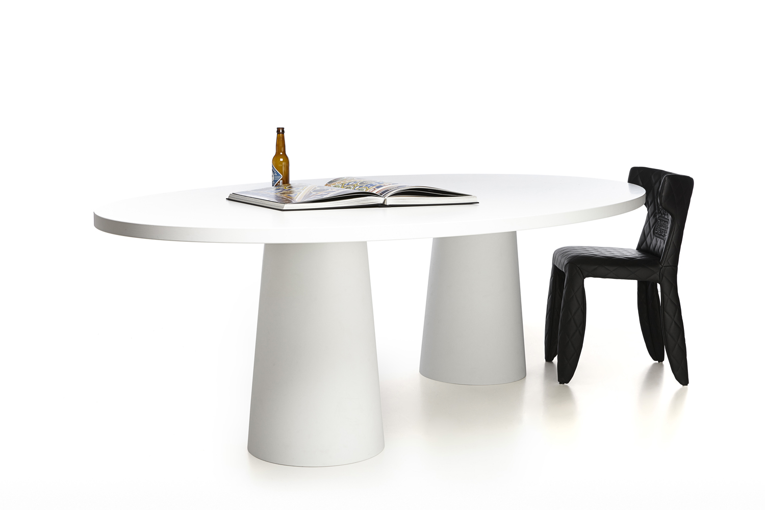 container-oval-260-2-300dpi-moooi